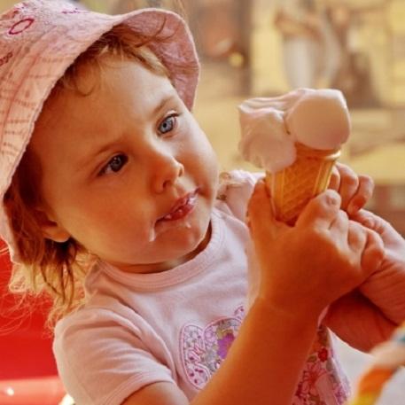 Когда можно мороженое ребенку