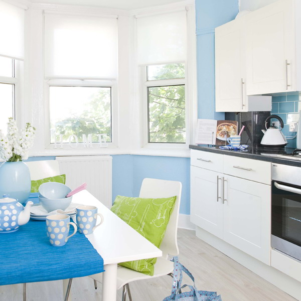 kitchen-white-plus-blue6.jpg